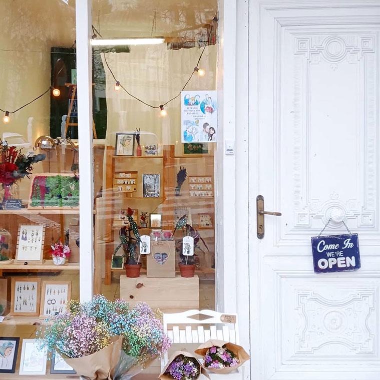 tienda taller Petit Zaragoza en calle Supervia