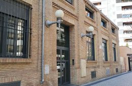 Edificio Tribeca (antigua carpintería de Maquinista y Fundiciones del Ebro) en la Avenida Cataluna de Zaragoza