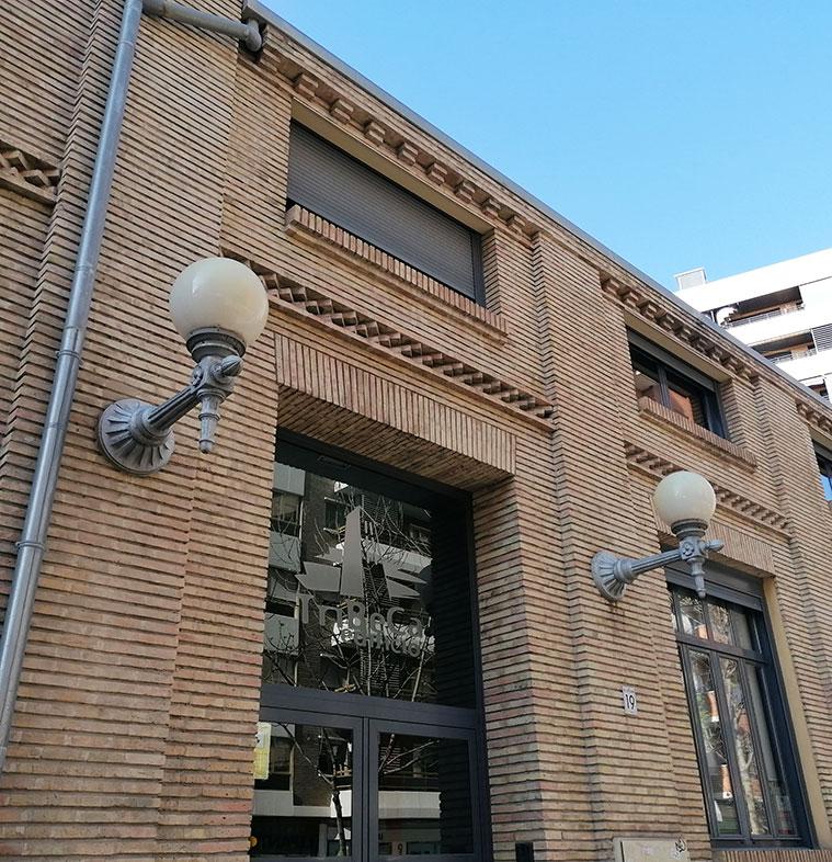 Edificio Tribeca (antigua carpintería de Maquinista y Fundiciones del Ebro)