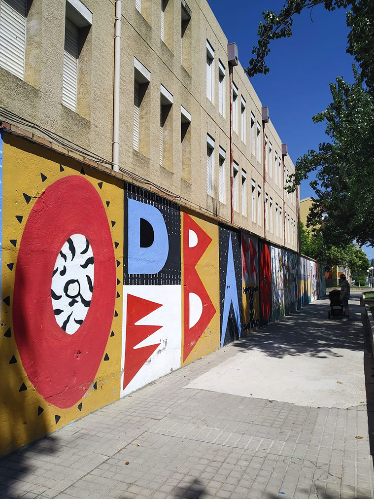 Escapada para visitar las intervenciones artísticas de la iniciativa 'Barrioh!' en el barrio del Perpetuo Socorro