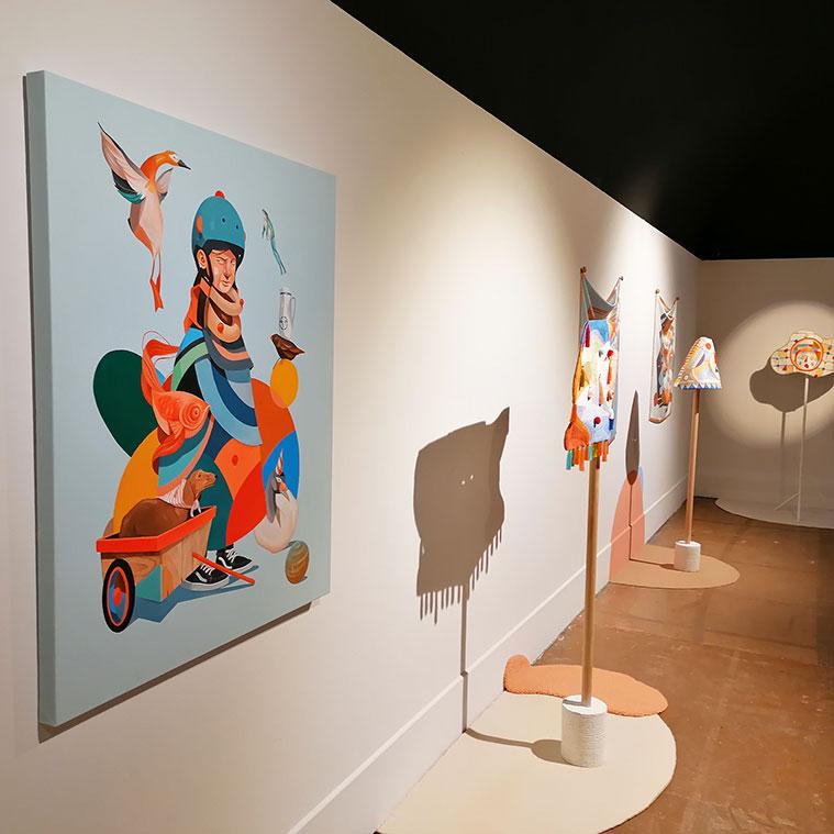 Instalación del Festival Asalto 'Un universo de dos' de Twee Muizen en el Centro de Historias