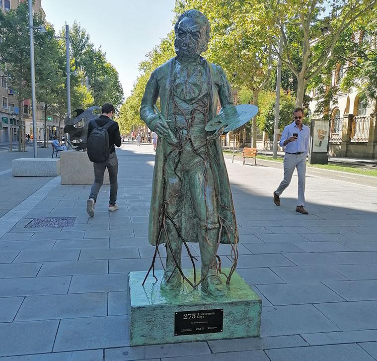 Figura deGoya en la Gran Vía de Zaragoza
