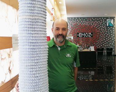 Charlamos con Jorge Prado, impulsor y director de la Escuela-Museo de Origami de Zaragoza (EMOZ)
