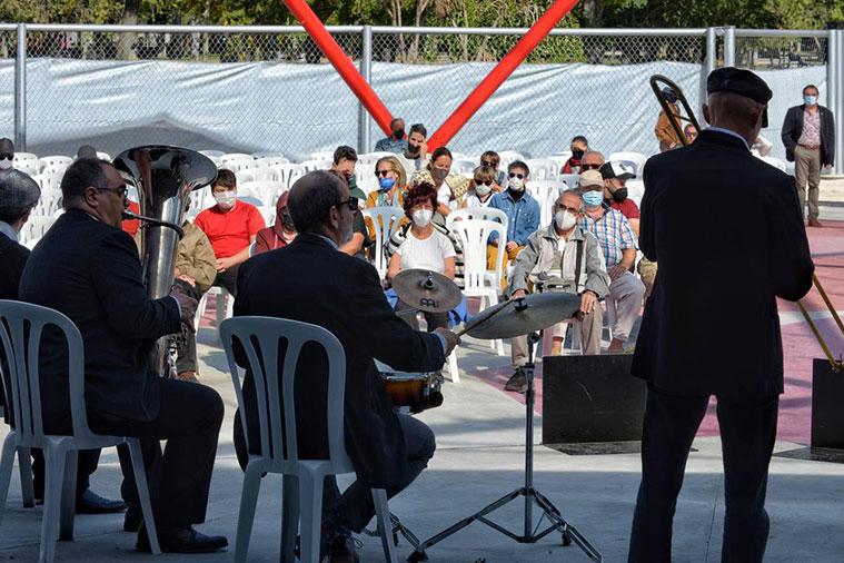 Banda de música en la Cúpula Geodésica del Parque de la Granja